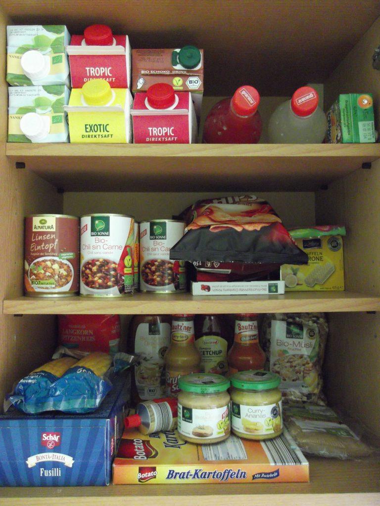 gefüllte Speisekammer