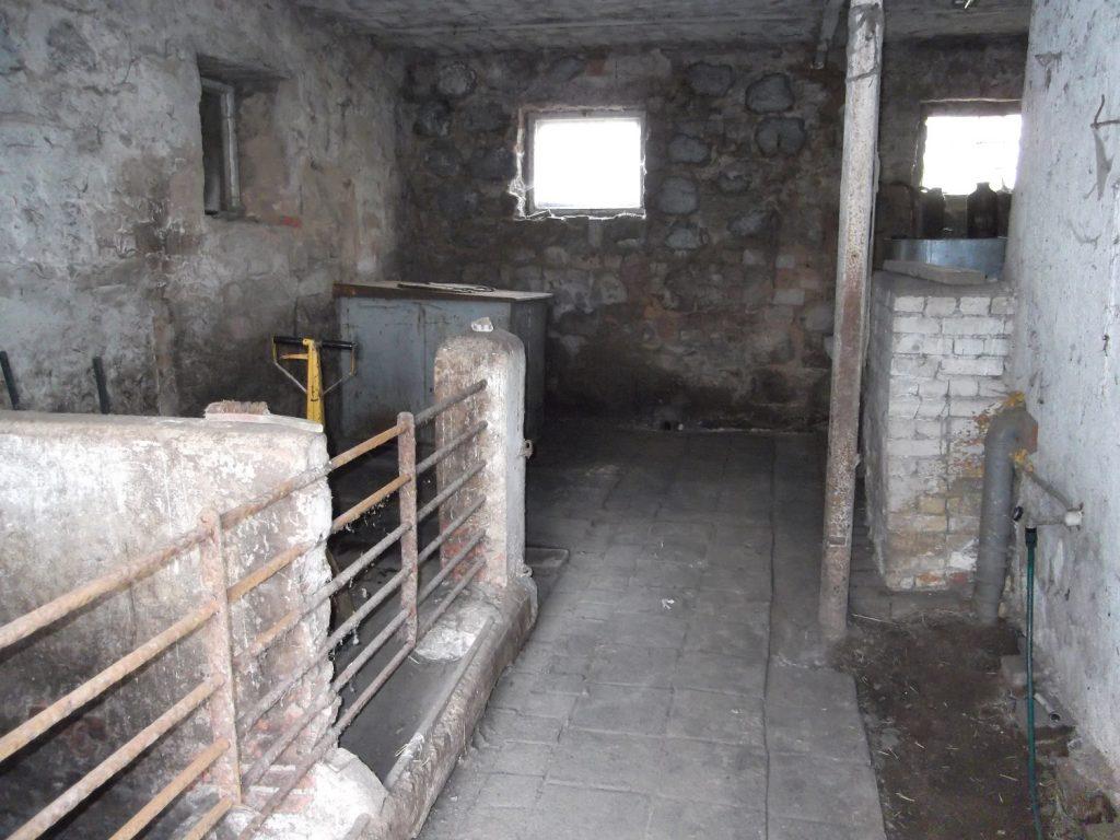In diesem ehemaligen Stall hat sich eine gemütliche Lounge versteckt. Kannst Du sie entdecken?